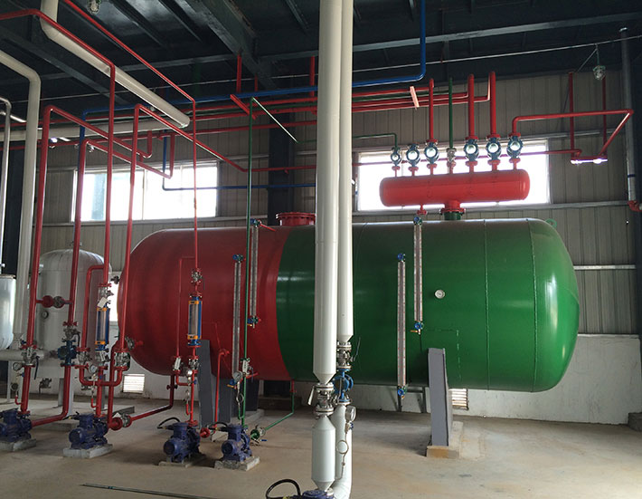 solvent water separator in the solvent recovery plant