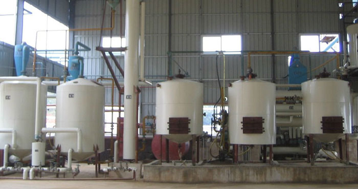 batch tank oil extractor machine