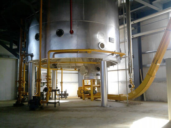 Oil solvent extraction section